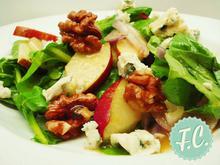 Σαλάτα με Σπανάκι, Μήλο Καρύδι και Ροκφόρ - Funky Cook