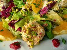 Πράσινη σαλάτα με πορτοκάλι,κράνμπερις, φιστίκια κ τυρομπαλάκια-Green orange salad with cranberries, pistachios and ricotta balls