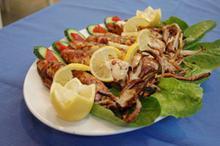 Καλαμάρια γεμιστά - Συνταγές - Νηστικό Αρκούδι - Από τον Αγρό στο Πιρούνι