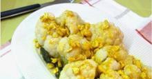 Σαλάτα κουνουπίδι σε σάλτσα με κάσιους
