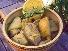 Αγκινάρες και πατάτες με άνηθο στο φούρνο