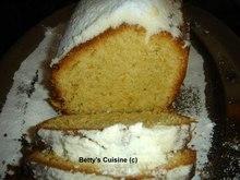 Κέικ αμυγδάλου με αρωματισμένο ελαιόλαδο