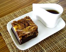 Cheesecake brownies  μπράουνις με τσίζκεικμαζί!