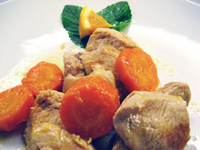 Turkey breast in a cogniac and orange sauce στήθος γαλοπούλας με κονιάκ καιπορτοκάλι