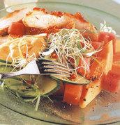 Σαλάτα καλοκαιρινή με κοτόπουλο και καρπούζι