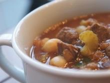 Σούπα με αρνάκι  ρεβίθια και φακές