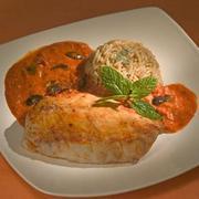 Φιλέτο πέρκας με σάλτσα ελιάς