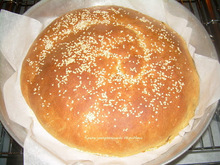 Παγκόσμια μέρα ψωμιού γεμιστό ψωμί με μέλι ( ή χαρουπόμελο ή πετιμέζι )-stuffed bread with honey (or carob molasses or grape molasses)