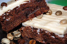 Cappuccino brownies με γλάσσο καραμέλας / cappuccino brownies with caramel icing