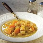 Ρεβίθια σούπα με καρότα και λεμόνι