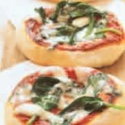 Πίτσες με σπανάκι και μαστέλο χίου