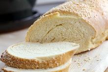 Το ψωμί αυξάνει την καθημερινή πρόσληψη αλατιού