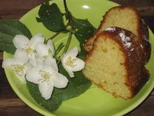 Κέικ μαστίχας με διακριτικό άρωμα λεμονιού