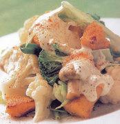 Βραστά λαχανικά με σάλτσα φέτας
