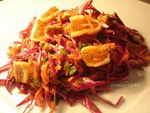 Σαλάτα με κόκκινο λάχανο, καρότο, ξερά σύκα & καρύδια !