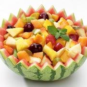 Φρουτοσαλάτα με ξερά φρούτα, μέλι και καρύδια