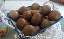 Βάψιμο Πασχαλινών Αυγών (με κρεμμύδια)