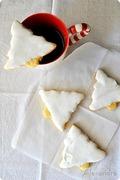 Μπισκοτάκι με άρωμα λεμόνι και γλάσο μαρέγκας