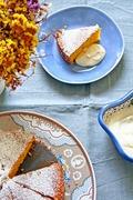 Carrot almond cake with ricotta cream - Κέικ καρότο αμύγδαλo με κρέμα ρικότας