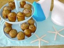 Muffins με βατόμουρα και φράουλες