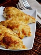 Κοτόπουλο με κρούστα μαγιονέζας και αρωματικής γαλέτας / Crusted chicken with mayonnaise and herbed breadcrumbs