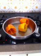 Γεμιστες πιπεριές με κειμά και μπεσαμέλ