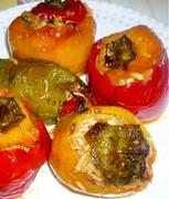 Γεμιστές χρωματιστές πιπεριές, λαδερές