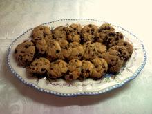 Μπισκότα με σταγόνες κουβερτούρας και βρώμη