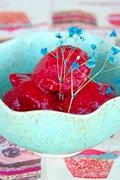 Γρανίτα με ρόδι και σμέουρα