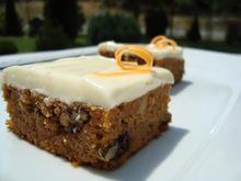 Carrot cake (κέικ καρότου με γλάσο κρέμας τυριού)