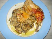Κοτόπουλο ή χοιρινό με μανιτάρια και χυμούς εσπεριδοειδών. τέλειο