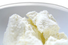 Σπιτικό τυρί κρέμα ricotta και στα ελληνικά ανθότυρο
