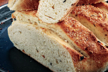 Amazing cheese bread with onion